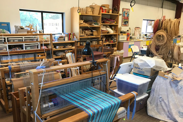 pentwater artisan center loom